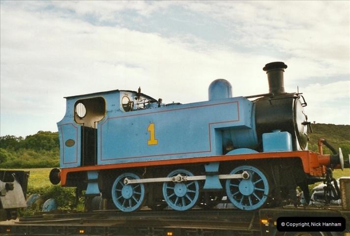 2004-05-29 Thomas arrives @ Norden.  (5)531
