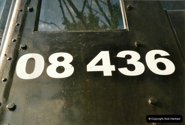 2004-08-24 New 08 @ Swanage.  (2)571
