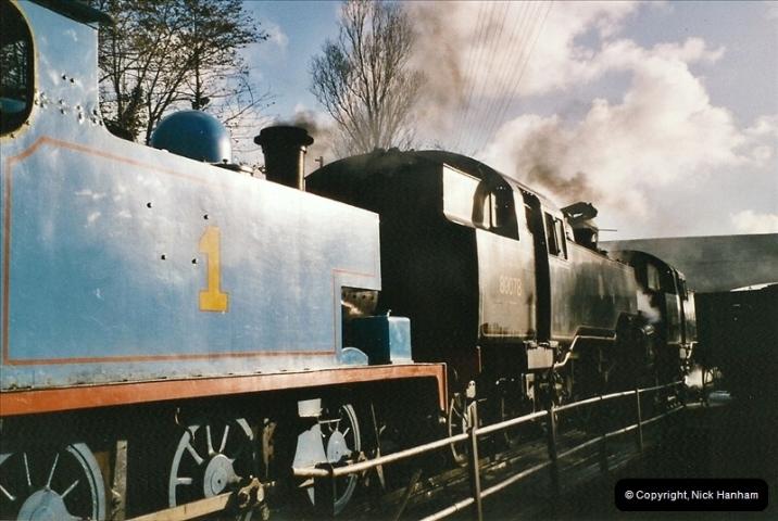 2004-10-25 Driving Thomas on Thomas week.  (2)646