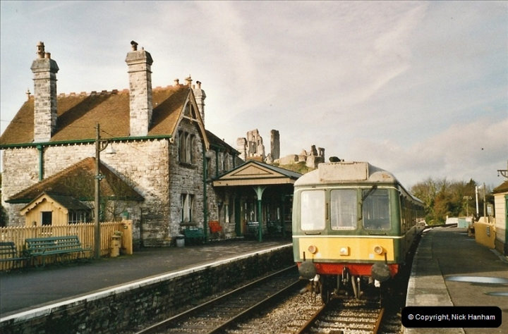 2004-12- 01 to 24 On and about the Swanage Railway.  (16)724