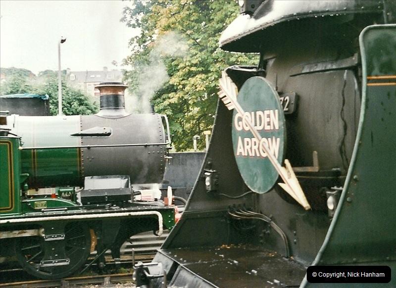 2005-08-11 6695 in light steam.  (1)174