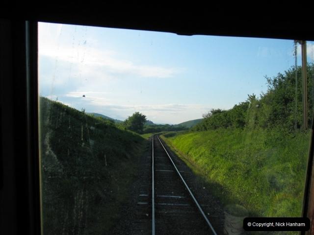 2007-06-25 SR Driving Late Turn DMU.  (11)399