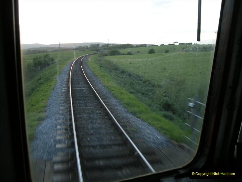 2009-05-15 Driving the late turn DMU.  (43)0274