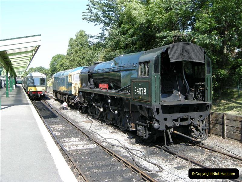 2009-06-04 On the SR DMU.  (7)0451