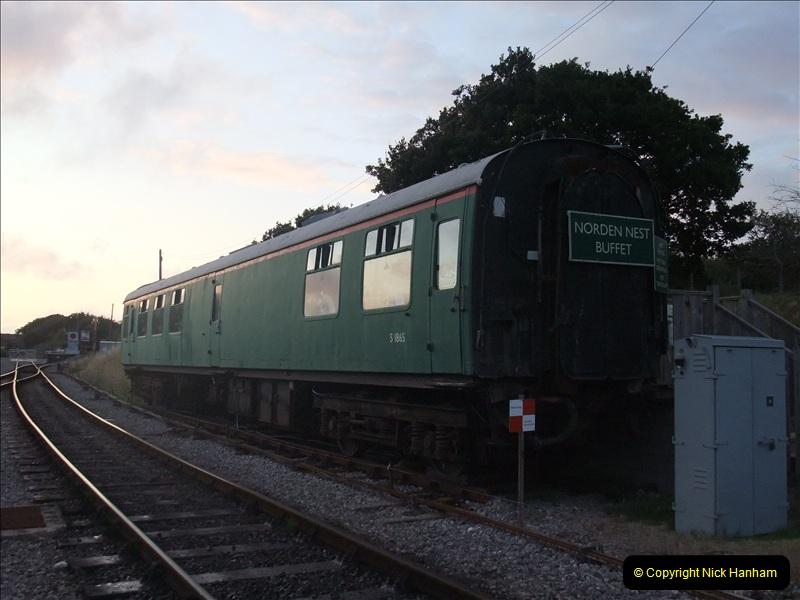 2009-07-22 Late turn DMU.  (27)0630