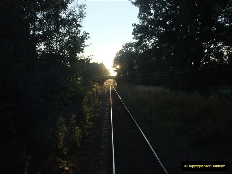 2009-07-24 More late turn DMU.  (25)0662
