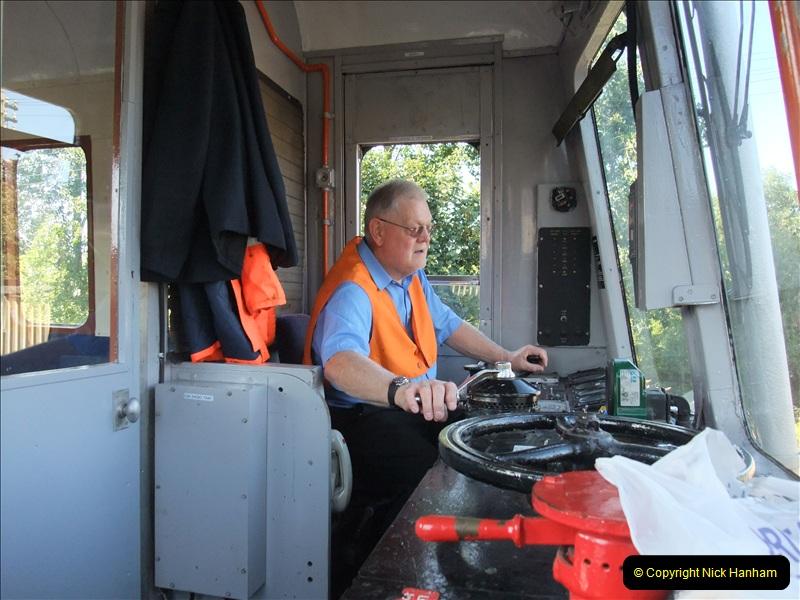 2009-08-07  DMU Driving. (3)0687