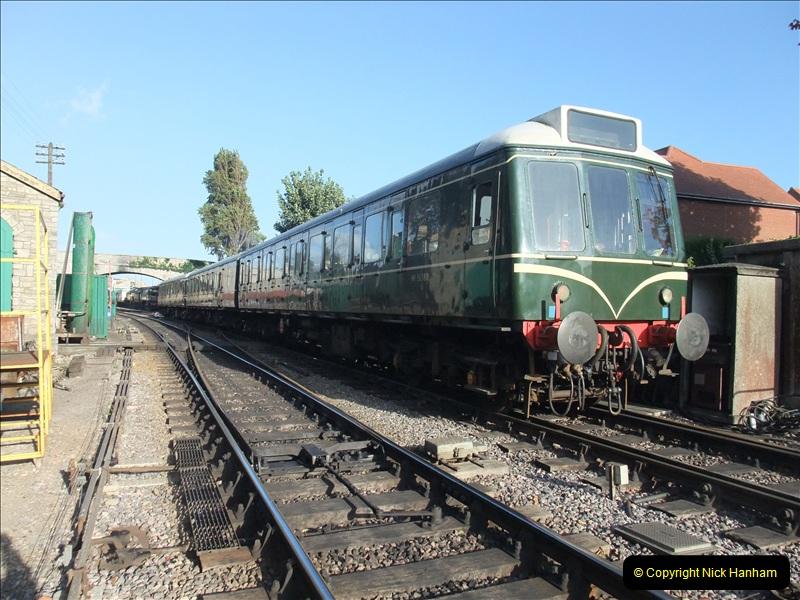 2009-08-28 SR DMU Service.  (8)0775