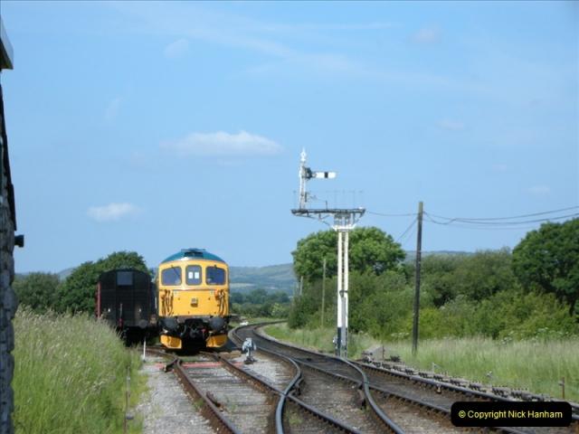2009-06-04 On the SR DMU.  (8)0452