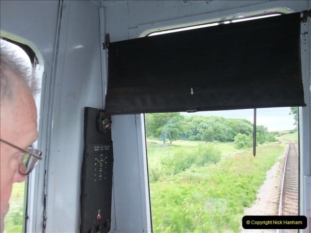 2009-06-19 Late turn DMU.  (16)0561