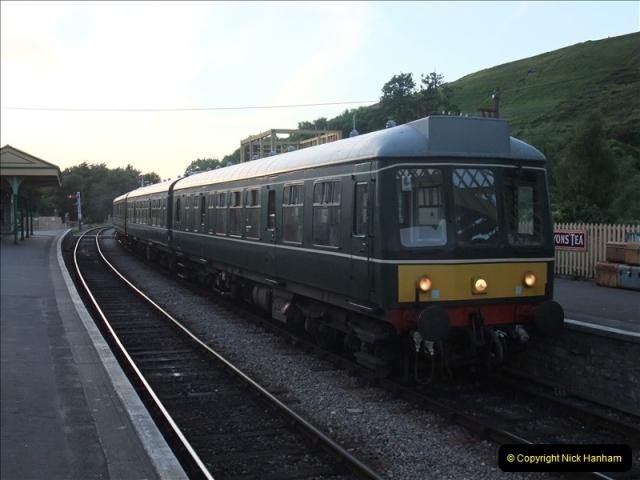 2009-06-19 Late turn DMU.  (39)0584