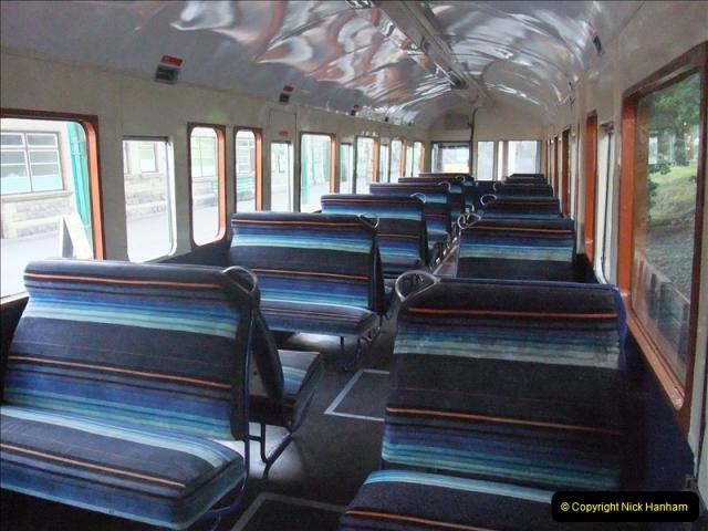 2009-07-22 Late turn DMU.  (8)0611