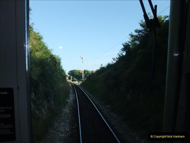 2009-07-24 More late turn DMU.  (16)0653
