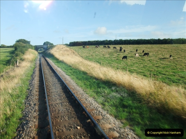 2009-07-24 More late turn DMU.  (18)0655