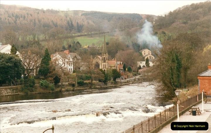 2000-03-09 Llangollen, North Wales.  (6)006