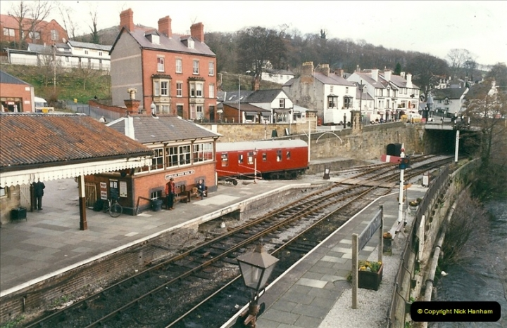 2000-03-11 Llangollen Railway, North Wales.  (3)082
