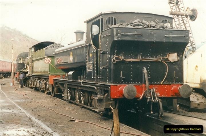 2000-03-11 Llangollen Railway, North Wales.  (33)112