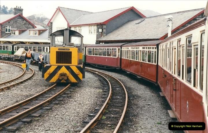2000-03-12 Ffestinog Railway, North Wales.  (8)143