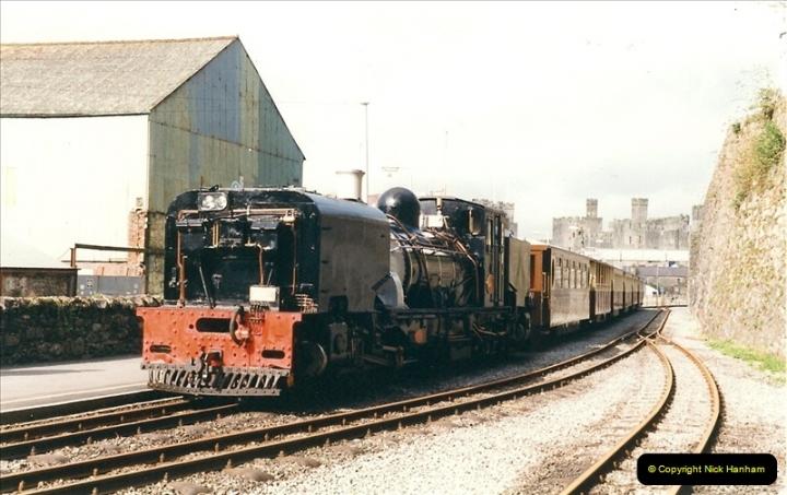 2000-03-12 Welsh Highland Railway, North Wales.  (18)204
