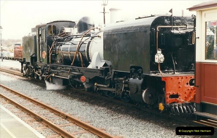 2000-03-12 Welsh Highland Railway, North Wales.  (7)193