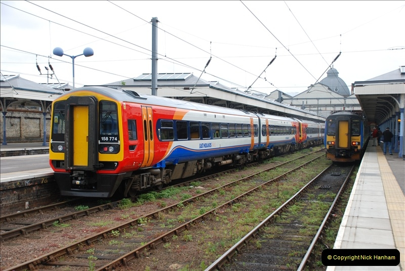 2010-05-06 Norwich & The Bure Valley Railway.  (9)575