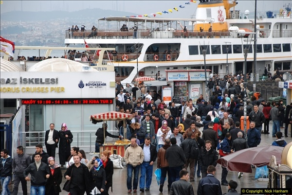 2013-10-17 to 18 London to Istanbul, Turkey.  (297)297