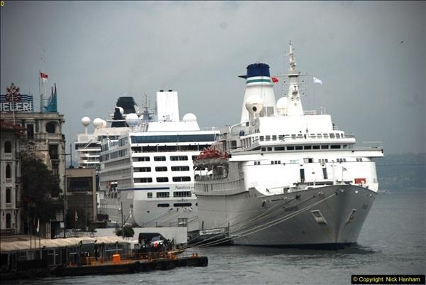 2013-10-17 to 18 London to Istanbul, Turkey.  (299)299