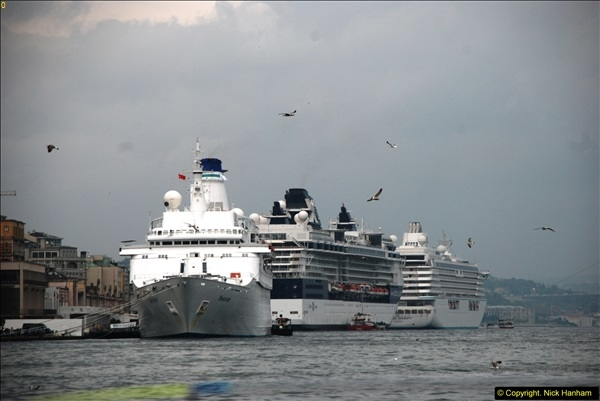 2013-10-17 to 18 London to Istanbul, Turkey.  (300)300