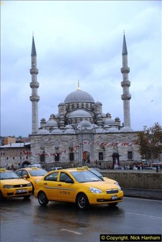 2013-10-17 to 18 London to Istanbul, Turkey.  (334)334