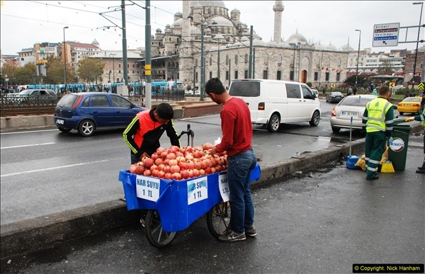 2013-10-17 to 18 London to Istanbul, Turkey.  (356)356