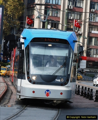 2013-10-17 to 18 London to Istanbul, Turkey.  (438)438