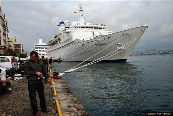 2013-10-17 to 18 London to Istanbul, Turkey.  (462)462