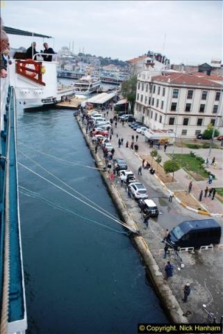 2013-10-17 to 18 London to Istanbul, Turkey.  (471)471