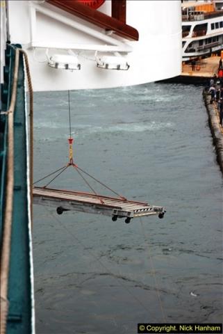 2013-10-17 to 18 London to Istanbul, Turkey.  (476)476