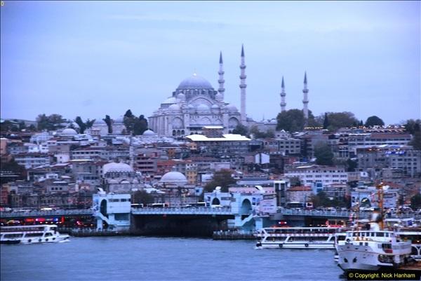 2013-10-17 to 18 London to Istanbul, Turkey.  (483)483