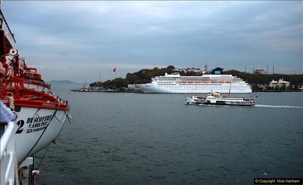 2013-10-17 to 18 London to Istanbul, Turkey.  (484)484