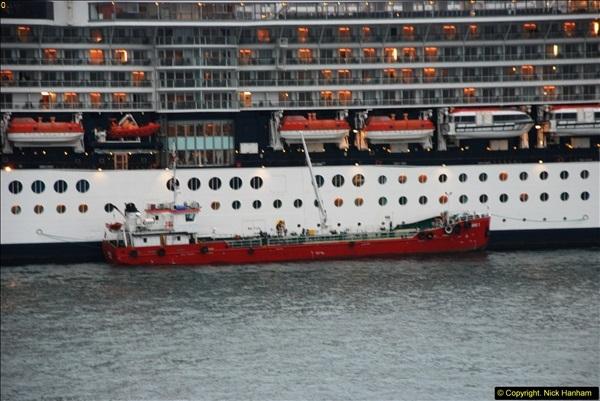 2013-10-17 to 18 London to Istanbul, Turkey.  (488)488