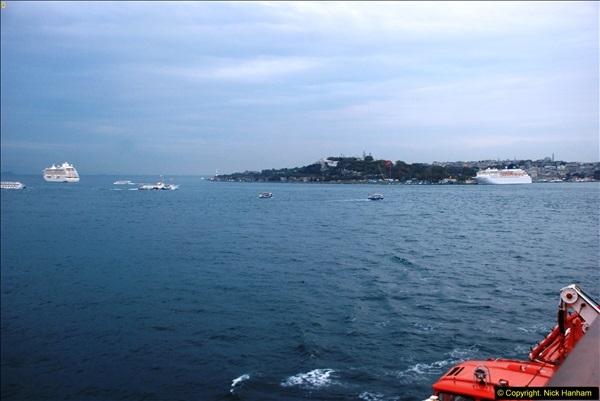 2013-10-17 to 18 London to Istanbul, Turkey.  (492)492