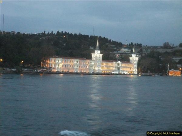 2013-10-17 to 18 London to Istanbul, Turkey.  (498)498