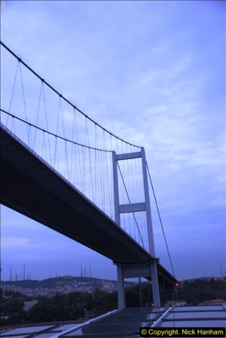 2013-10-17 to 18 London to Istanbul, Turkey.  (505)505