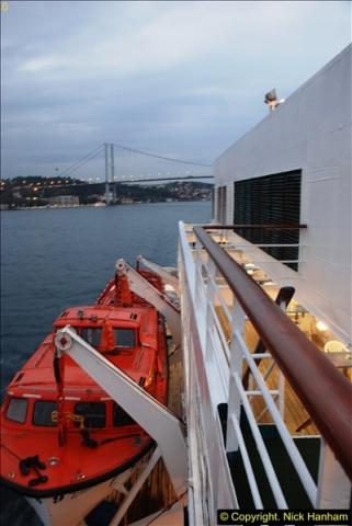2013-10-17 to 18 London to Istanbul, Turkey.  (510)510