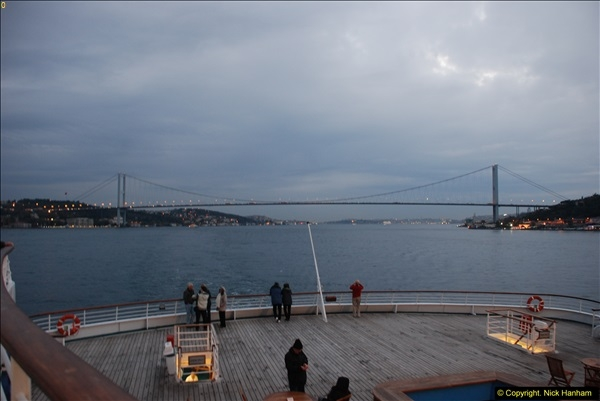 2013-10-17 to 18 London to Istanbul, Turkey.  (511)511