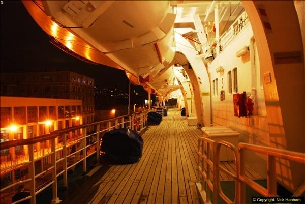2013-10-17 to 18 London to Istanbul, Turkey.  (77)077
