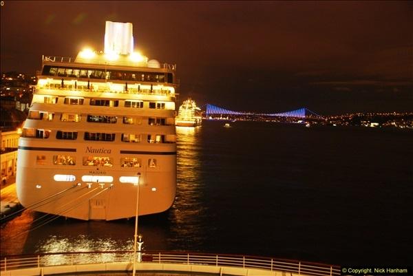 2013-10-17 to 18 London to Istanbul, Turkey.  (84)084