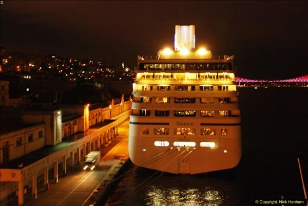 2013-10-17 to 18 London to Istanbul, Turkey.  (85)085