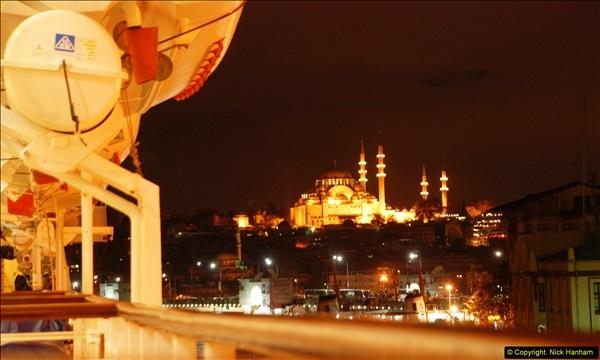 2013-10-17 to 18 London to Istanbul, Turkey.  (87)087