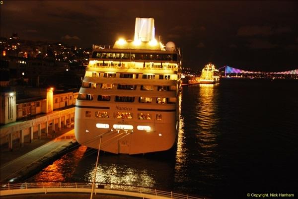 2013-10-17 to 18 London to Istanbul, Turkey.  (92)092