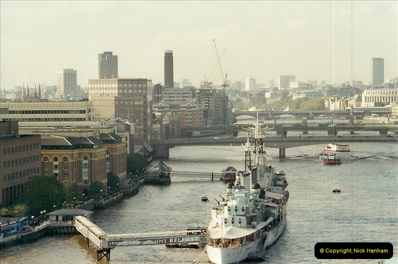 2001-11-03 Tower Bridge, London.  (14)14