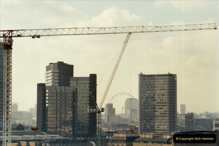 2001-11-03 Tower Bridge, London.  (15)15