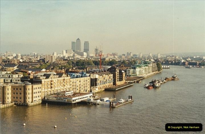 2001-11-03 Tower Bridge, London.  (18)18